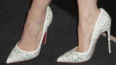Christian Louboutin OFF! Jessica Chastain in Hideous Alexander McQueen Dress and Christian Louboutin Strass Pumps Christian Louboutin Red Bottoms, Louboutin High Heels, Cheap Christian Louboutin, Red Bottom Boots, Alexander Mcqueen Dresses, Jessica Chastain, Fashion Boots, Men's Outfits, Woman Outfits