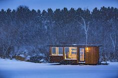 This Cozy Portable Cabin Is The Perfect Winter Hideout #tinyhouse #homeiswhereyouparkit