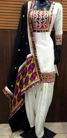 ♡ Punjabi suit. White suit. Dark blue dupatta wuth phulkari.