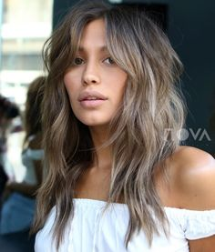 60 Lovely Long Shag Haircuts for Effortless Stylish Looks Ash Brown Long Razored Shag - Unique Long Hairstyles Ideas Modern Shag Haircut, Long Shag Haircut, Shaggy Haircuts, Haircuts For Long Hair, Haircuts With Bangs, Haircuts For Women, Layered Haircuts, Long Shag Hairstyles, Modern Haircuts