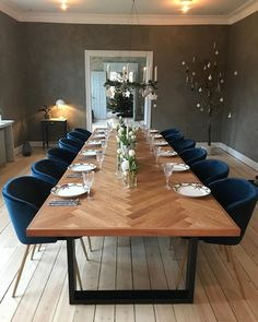 Home Decorative Furniture Door Dining Table, Rustic Dining Chairs, Dinning Room Tables, Dining Room Sets, Dining Area, Interior Exterior, Diy Interior, Dining Room Inspiration, Bar Furniture