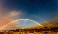 Kamuela-hawaii-moonbow in Moonbow Photography – 24 Magnificent Photos of Lunar Rainbow