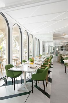 Easy Home Interior Design Tips That Anyone Can Implement – DecorativeAllure Modern Restaurant Design, Architecture Restaurant, Luxury Restaurant, Vintage Restaurant, Restaurant Food, Architecture Design, Restaurant Interior Design, Luxury Interior Design, Home Interior