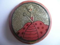 VTG 15/20's FRENCH ART DECO GLITTER CELLULOID COMPACT (05/14/2011)