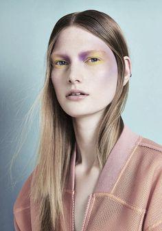 Pretty Watercolor Eyes | Photo. Carmen Kemmink