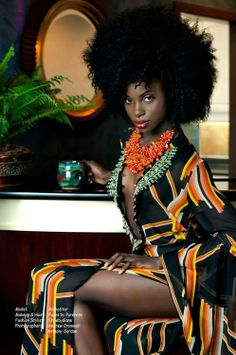 She has such a beautiful face, but - WOW! Quite the afro! African Beauty, African Women, African Fashion, Moda Afro, Curly Hair Styles, Natural Hair Styles, Pelo Natural, My Black Is Beautiful, Beautiful Eyes