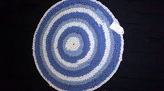 blue/white crochet rug perfect for any room