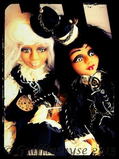 Steampunk vampire art dolls by Kimberly Kingsley at Griffinwyse. www.griffinwyse.com