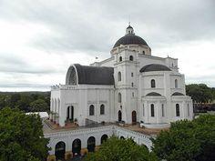 caacupe-basilica-paraguay
