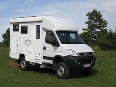 IVECO Daily 4x4 kendine yeterli Camper Caravan, Diy Camper, Truck Camper, Gypsy Caravan, Iveco Daily Camper, Iveco Daily 4x4, Van Conversion Interior, Camper Van Conversion Diy, Iveco 4x4