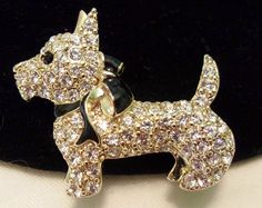 Monet rhinestone Scottie dog brooch pin! Excellent unworn condition!