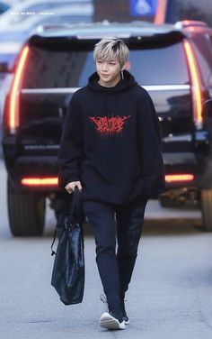 Uri Daniel Daniel K, Fashion Figures, Korean Dress, Pop Bands, Ulzzang Boy, Kpop Fashion, Airport Style, My Boys, Normcore