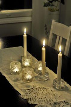 Kaikulanrinne: Huonekuusi ja valosarja a´la Sanna