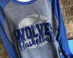 Mama Glitter- Handmade for all occasions! Basketball Mom Shirts, Tennis Shirts, Basketball Coach, Football Shirts, School Spirit Shirts, Football Design, Spirit Wear, Basket Ball, Sports Mom