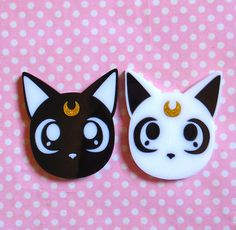 Cute Luna or Artemis head brooch double layered laser cut