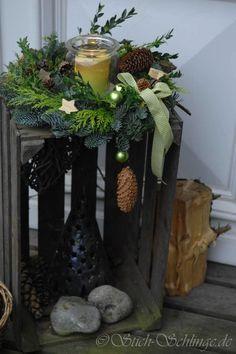 Bientôt le moment de préparer vos couronnes de Noël / Zu Weihnachten in diesem Jahr: Bau der Adventskranz Noel Christmas, Christmas Is Coming, Rustic Christmas, Winter Christmas, Christmas Crafts, Christmas Ornaments, Diy Natal, 242, Deco Floral