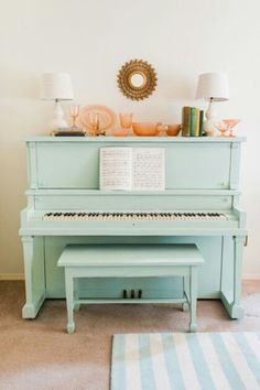 piano, music, and mint imageの画像