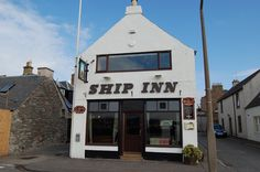 The Ship Inn, Broughty Ferry, Dundee. The Ship Inn, Beach Villa, Top Place, Dundee, Great Britain, Scotland, Drink, Places, Skirts