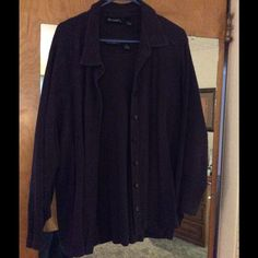 This top n blouse lightly worn  twice, plum 2 piece jacket like top and blouse under nice to wear separate/cover arms. Can't see true plum color, nice with jeans, denim skirt or your preference. I also have a jacket top in red - if you bundle get 15% off!!!! Denim & company Tops Button Down Shirts