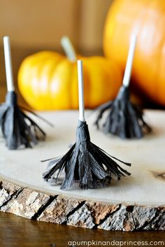 Witch Broomstick lollipops - so cute and easy to make!