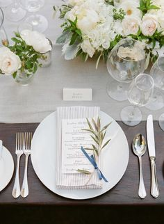 Neutral table tones: http://www.stylemepretty.com/2014/12/18/elegant-navy-and-grey-summer-wedding/ | Photography: Jesse Leake - http://www.jesseleake.com/