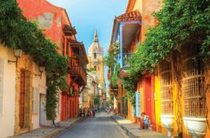 Cartagena de Indias city guide: How to spend a weekend on Colombia's Caribbean coast - aBestFamily South America Destinations, South America Travel, Travel Destinations, The Tig, Colombia Travel, Colonial Architecture, Cuban Architecture, Walled City, Modern City