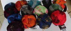 """Lace Ball von Schoppel-Wolle: das sind die """"normalen"""" - also mit 75 % Schurwolle und 25% Polyamid. Traumhaft feines Lace-Wolle mit 800 m Lauflänge auf 100 g."""