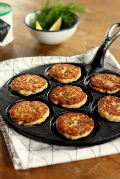 Pata porisee: Haukipihvit Fish Recipes, Healthy Recipes, Healthy Foods, Griddle Pan, Tapas, Food And Drink, Yummy Food, Health Foods, Delicious Food