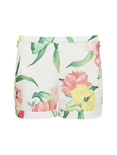 Jarah Flowers at high tea shorts