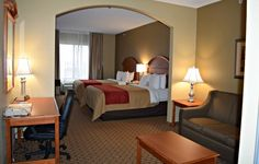 We All Need a Little Vacation ~ Stay with Comfort Inn and Suites - Hotel Review and Giveaway