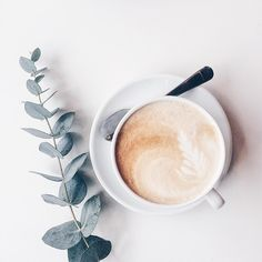 Great ways to make authentic Italian coffee and understand the Italian culture of espresso cappuccino and more! But First Coffee, I Love Coffee, Coffee Break, Morning Coffee, Morning Breakfast, Coffee Cafe, Coffee Drinks, Coffee Shop, Coffee Lovers