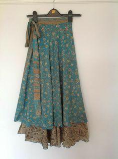 Striking Indian Silk-Blended Reversible Wrap around Boho Skirts Fits 12 14 16 - Zart Bekleidet - Jupe Silk Dress, Dress Skirt, Dress Up, Silk Skirt, Prom Dress, Wedding Dress, Rock Design, Boho Fashion, Girl Fashion