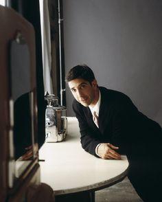 Still of David Schwimmer in Friends (1994)