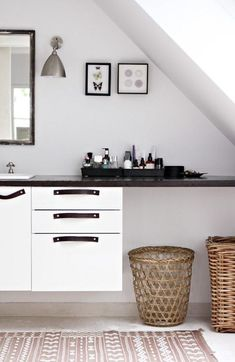 11 DIY Leather Pull Hacks To Instantly Upgrade Your IKEA Cabinets Via Brit Co Decoration Interieure Salle De BainLuminaire
