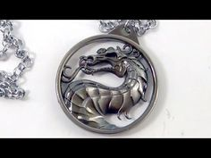 Mortal Kombat Medaljon Ogrlica Video: https://youtu.be/9rHFWHMWqRk Shop: http://www.sakurashop-bg.com/index.php?route=product/product&product_id=701