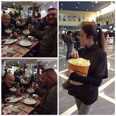 #CostantinoVitagliano Costantino Vitagliano: Serata #cinema!Ciccio e Fabio fanno schifo...Elisa è giustificata ahahahah #friends #love #fun #food #popcorn #milano