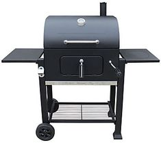 Enjoy the versatility of this grill with grilled and smoked meats.