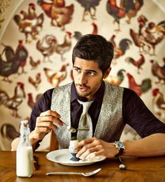 If you're not yet enamoured with Sidharth Malhotra, fair warning: This Bollywood rookie is no show pony, and he's out to prove he's got more than one trick  Movie fans, I ask you: Did you think Sidharth Malhotra's performance in Student Of The Year was uneven? You think he could have done better? Don't …