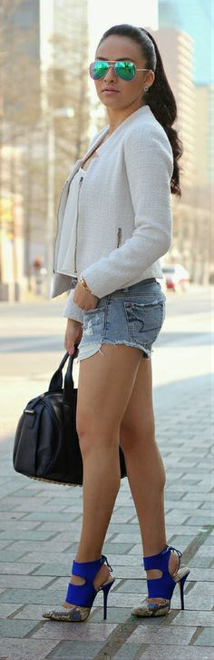 top 10 I have this jacket — pair with some faded cut up shorts is so cute for spring o… Dope Fashion, Fashion Killa, Womens Fashion, Summer Outfits, Casual Outfits, Cute Outfits, Urban Chic, Fashion Lookbook, Everyday Fashion