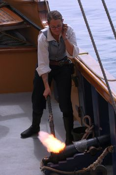 Fire in the hole! A crew member fires Hawaiian Chieftain's cannon in Newport, Ore. #travel #sailing #pirates http://historicalseaport.org/