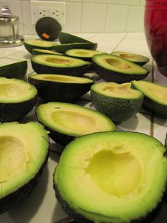 Avocado and Diabetes Prevention and Treatment - Why avocado is so good for diabetes prevention, stabilizing blood sugar levels and even reducing the impact of the disease for diabetics with it's unique nutrients.