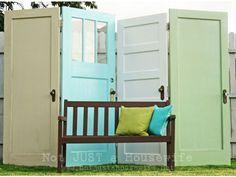 35 nouvelles idées pour recycler vos anciennes portes.