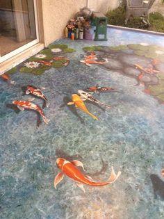 Art and design by Louise Moorman. Trompe l'oeil koi fish pond. Arte y diseño de Louise Moorman. Koi Fish Pond, Fish Ponds, Mural Art, Wall Murals, Art Koi, Floor Murals, 3d Floor Art, 3d Floor Painting, Pond Painting