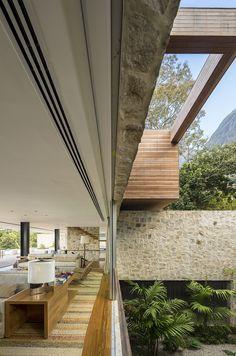 World of Architecture: Stunning Dream Home in Rio de Janeiro, Brazil