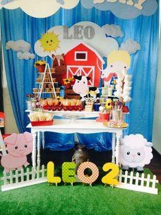 Farm birthday party ideas in 2019 2nd Birthday Boys, Birthday Themes For Boys, Cowboy Birthday, Farm Birthday, Boy Birthday Parties, Farm Themed Party, Barnyard Party, Farm Party, Farm Animal Party