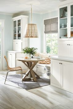 When you think of the Corner Cabinet, you likely think of kitchen and bath cabinetry -- but we design much more than that. Don't you love these storage hutches and breakfast nook bench? Contact us to design your next cabinet project. Breakfast Nook Bench, Kitchen And Bath Showroom, Real Kitchen, Quality Cabinets, Cabinet Design, Home Interior Design, Home Kitchens, Kitchen Designs, Kitchen Ideas