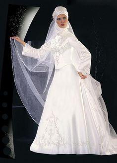 Gorgeous Islamic wedding dress
