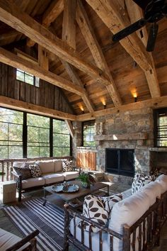 Fireplace Stone, Wood Ceilings, Barn Homes, Sweet Home, House Ideas, Cabin, Interior Design, House Styles, Outdoor Decor
