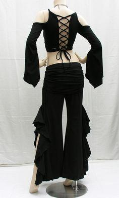 Urban Gypsy Apparel ★☽ Corsetta top w/ Gypsy sleeves & Gitana Flare Pants. Dance Fashion, Punk Fashion, Womens Fashion, Costume Papillon, Tribal Fusion, Pantalon Costume, Belly Dance Costumes, Ballroom Dress, Goth Pants