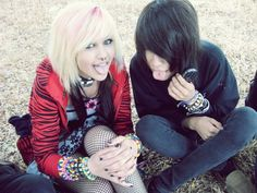 Cute Emo Couples, Scene Couples, Cute Emo Boys, Cute Scene Girls, Scene Kids, Emo Scene, Indie Scene, Scene Outfits, Emo Outfits